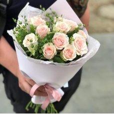 Местная розовая роза 15 шт